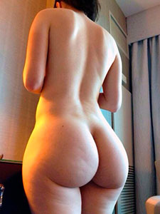 Фото огромные жопы женщин