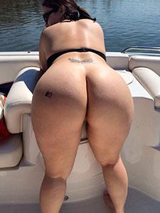 Голые попки вид сзади порно фото